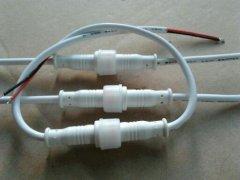 塑料外壳防水连接器与塑胶机壳防水连接器有什么区别